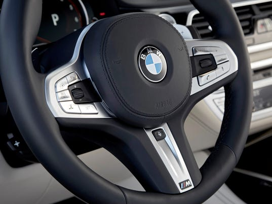 636269119398488129-P90246857-highRes-bmw-m760li-xdrive-on.jpg