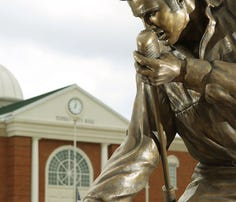 Celebrity statuary: 10 towns that honor their stars