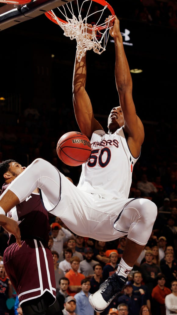 Auburn's Austin Wiley dunks against Mississippi State during the second half of an NCAA college basketball game Tuesday, Feb. 7, 2017, in Auburn, Ala. Auburn won 98-92.