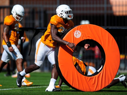 Tennessee's Daniel Bituli (35) during Tennessee Volunteers