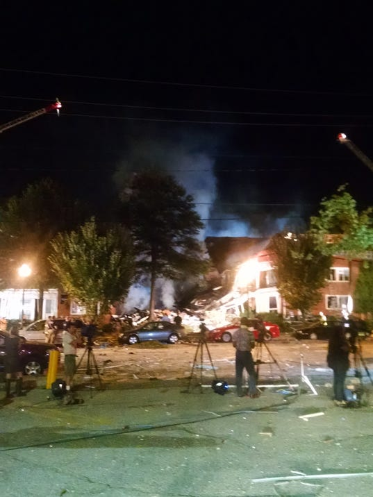 AP APTOPIX APARTMENT FIRE-MARYLAND A USA MD
