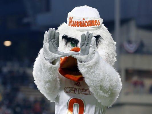 NCAA Football: Miami at Cincinnati