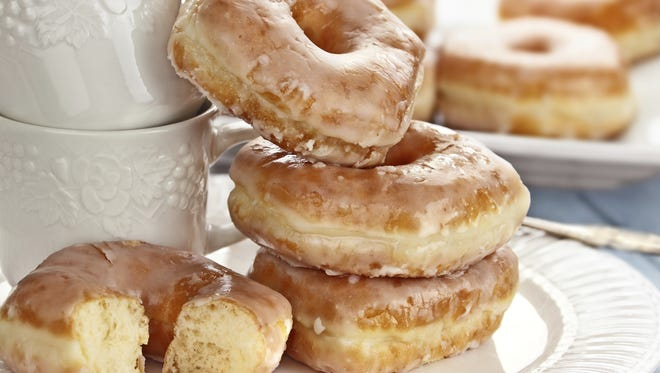 Students returning to South Louisiana Community College next week can pick up free donuts.