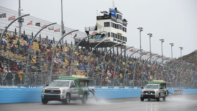 Rain delayed the start of the Quicken Loans Race For Heroes 500 on Nov. 15, 2015 at Phoenix International Raceway in Avondale, Ariz.