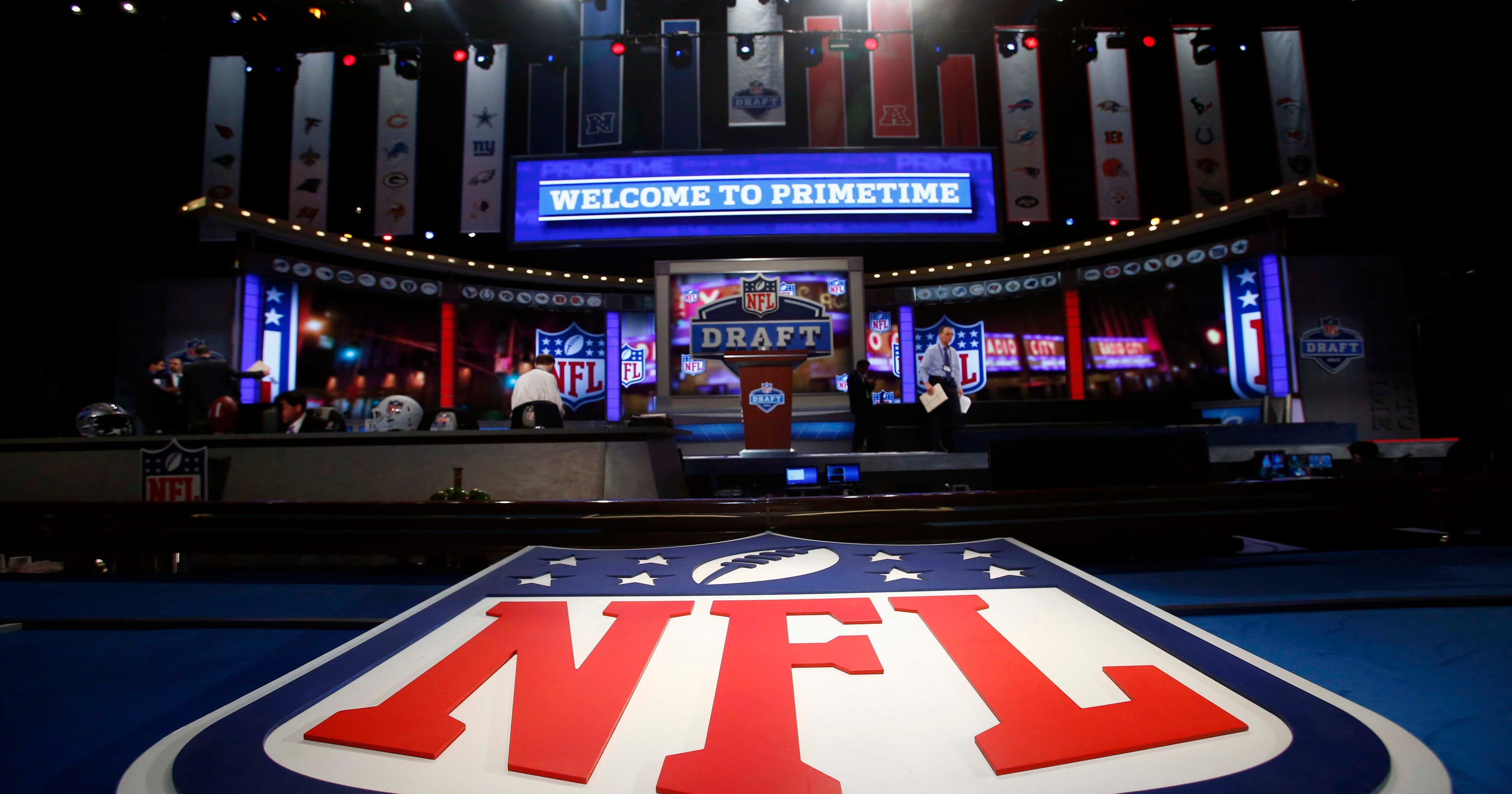 Rams News Now >> Complete 2016 NFL draft order: Rams land top pick