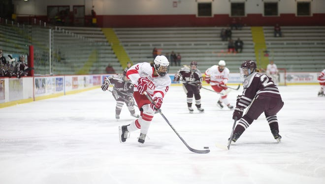 Junior forward Hanna Bunton leads the Big Red women's hockey team with in scoring with 20 points (10 goals, 10 assists) through 19 games.