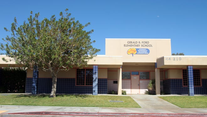 A civil settlement was reached between the Desert Sands Unified School District and the family of a girl who investigators believe was molested by a former elementary school teacher, an attorney said.