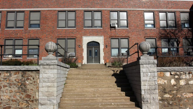 The group of nonprofit agencies and health advocates that were hoping to turn the Bailey school building into a drop-in center where homeless could receive mental health services plan to look elsewhere.