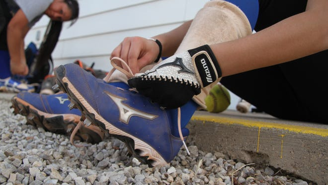 The Carlsbad Cavegirls practice Wednesday, preparing for a season under a new coach.