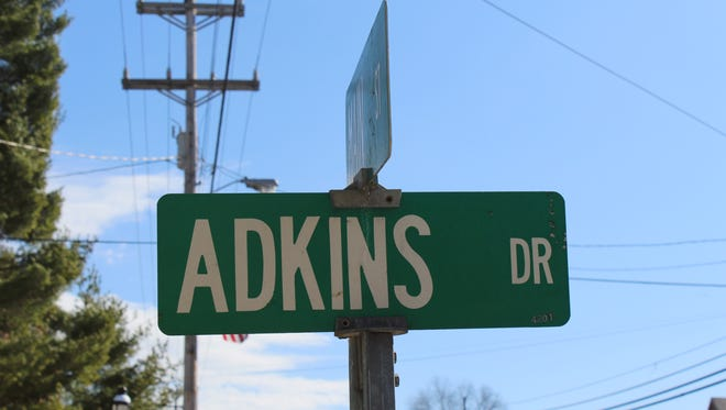 The Erin City Board of Aldermen voted unanimously to not change the spelling of Adkins Drive.