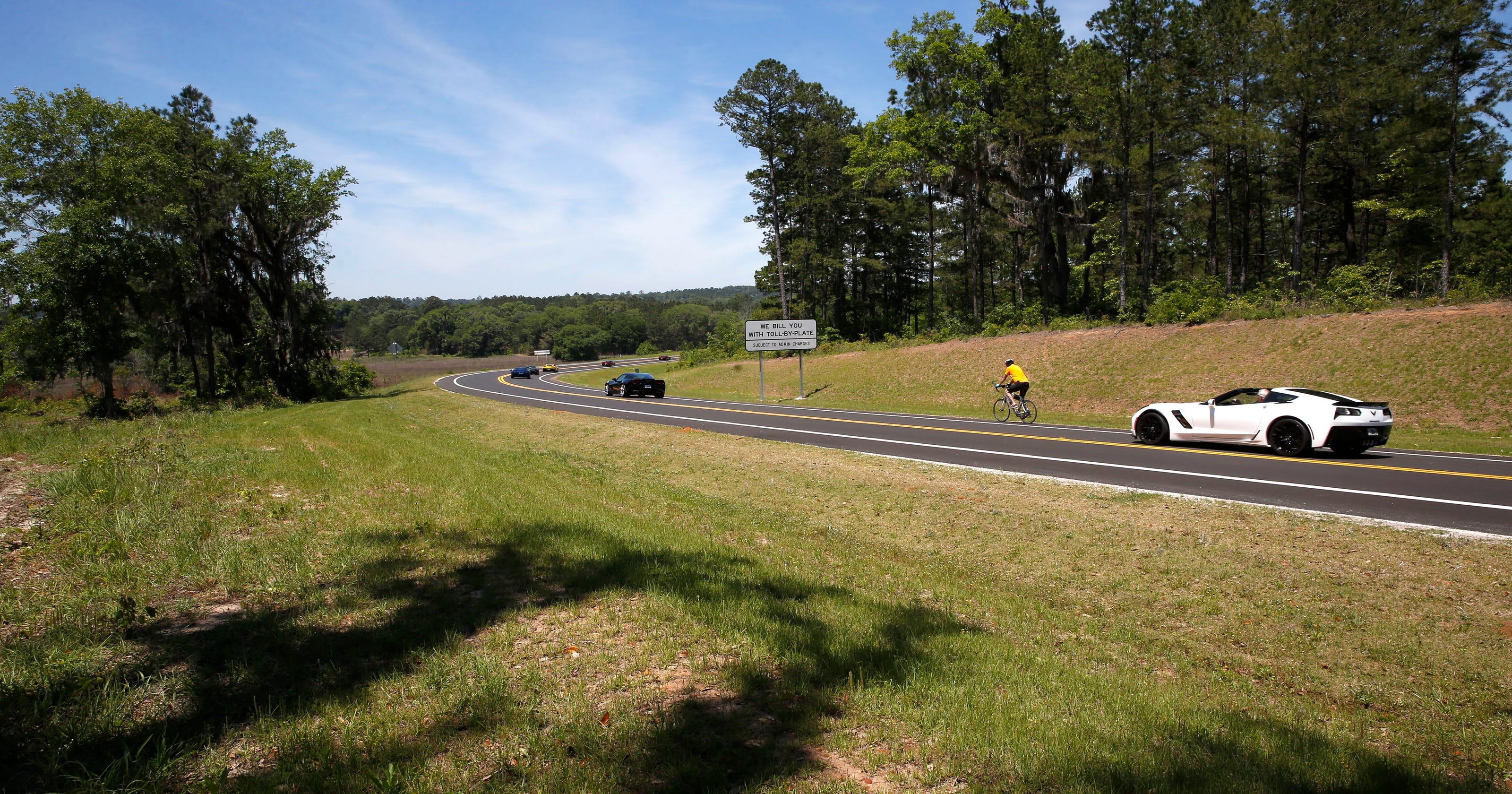 Orchard Pond Parkway attracting eager motorists