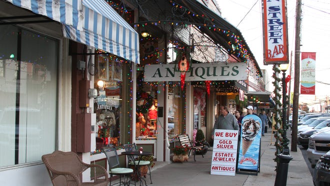 Antique Alley in downtown West Monroe offers an eclectic mix of antique stores and specialty boutiques.