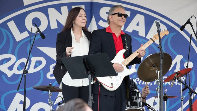 Legendary guitarist Jimmie Vaughan and Lou Ann Barton return for the second Bayou Roundup at Blackham Coliseum.