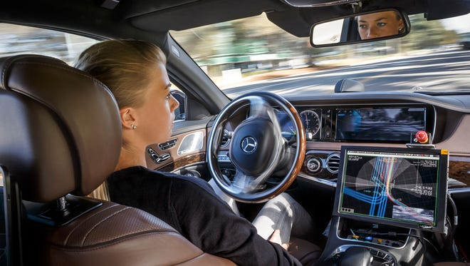 Mercedes-Benz, whose engineers have been working on self-driving car technology, is eager to increase the size of its engineering team both in Silicon Valley and in Germany.