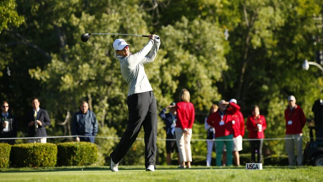 Shannon Johnson hitting her tee shot at the first hole during the final round of match play at the 2016 U.S. Women's Mid-Amateur at The Kahkwa Club in Erie, Pa. on Thursday, Sept. 15, 2016. (Copyright USGA/Jared Wickerham)