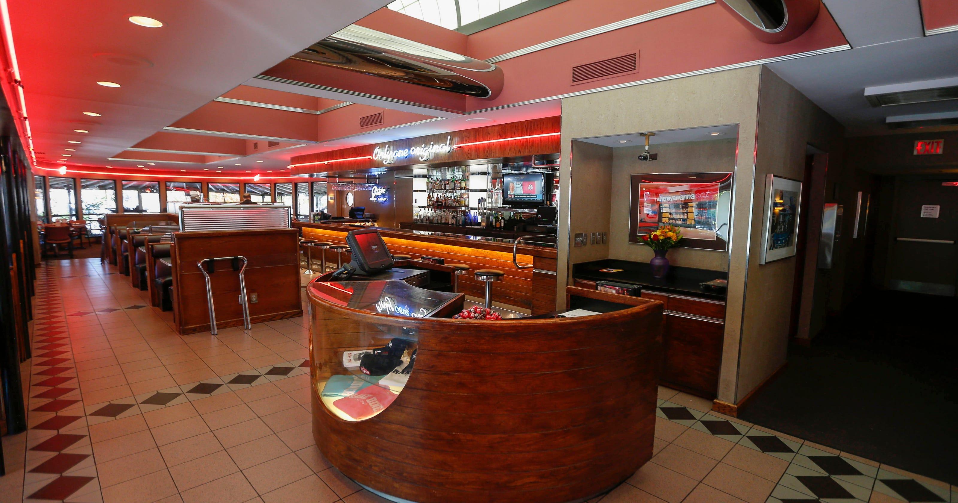 813d271af87 Review: Drake Diner satisfies, but service falls short