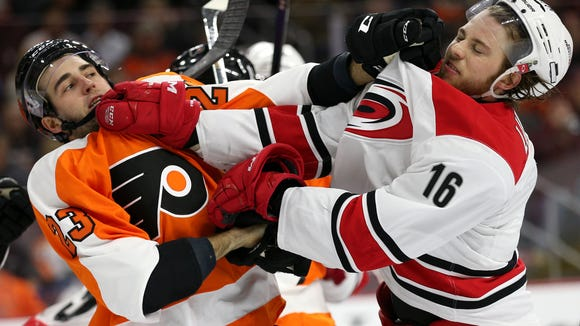 Brandon Manning and the Flyers are hoping to end a three-game losing streak.