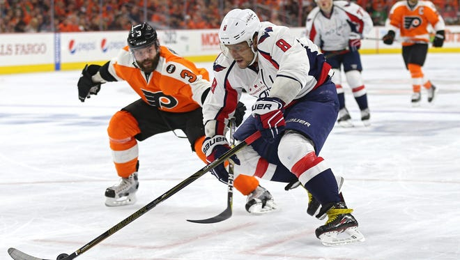 Alex Ovechkin and the Capitals are one point beneath the Flyers in the Eastern Conference standings.