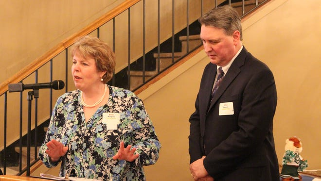United Way of Richland County's 2016 campaign co-chairs Jean Halpin and Alan Koser announce the results of the organization's annual fundraising campaign during its annual dinner at Ed Pickens' Cafe on Main Thursday. The organization raised $1.38 million, 89 percent of its $1.5 million goal.
