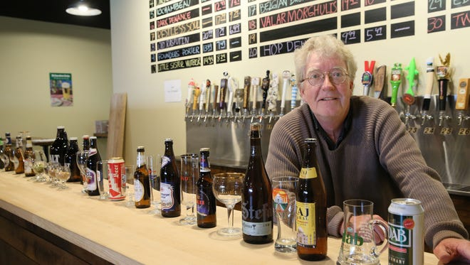 Dave Hansen, served as general manager of The Malt Shoppe in Wauwatosa. It plans to close in April.