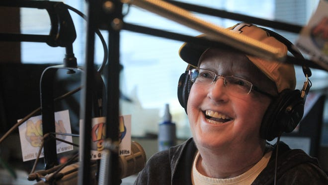 Pam Dixon of KIOA-FM announced Monday that she is retiring after nearly 35 years in the business so she can focus on her health