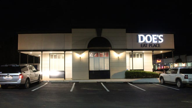 Doe's Eat Place is located in the Promenade shopping center on County Line Road in Ridgeland in the stand-alone space once occupied by Beagle Bagel Café.