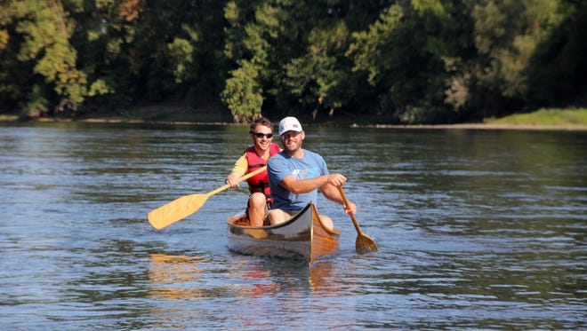 The Oregon Parks and Recreation Department and Willamette Riverkeeper are offering a free kayak and canoe paddle from Salem to Willamette Mission State Park from 9:30 a.m. to 3:30 p.m. June 17.