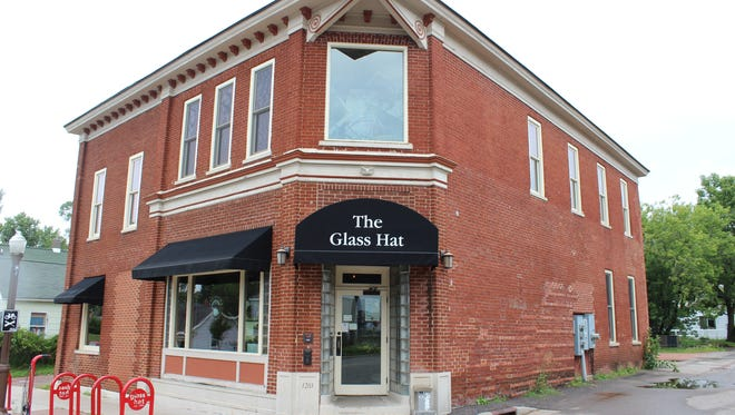 Wausau's oldest bar, The Glass Hat, will be home to several new murals thanks to the Art Lives Here contest this September.