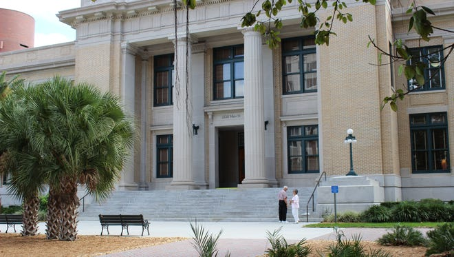 The Old Lee County Courthouse on Main Street in downtown Fort Myers is home of the Lee County commission.