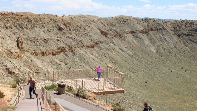 Trails to the east of Meteor Crater's visitor center offer a handful of viewing platforms.