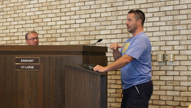 Former Ontario recreation board member Brett Baxter speaks before Ontario City Council on Wednesday, Sept. 20, 2017. Baxter was removed from the recreation board and told of his removal at a school board meeting.