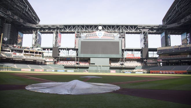 The Arizona Diamondbacks and Maricopa County are negotiating in secret over the team's request to move out of Chase Field at the order of a Maricopa County Superior Court judge.