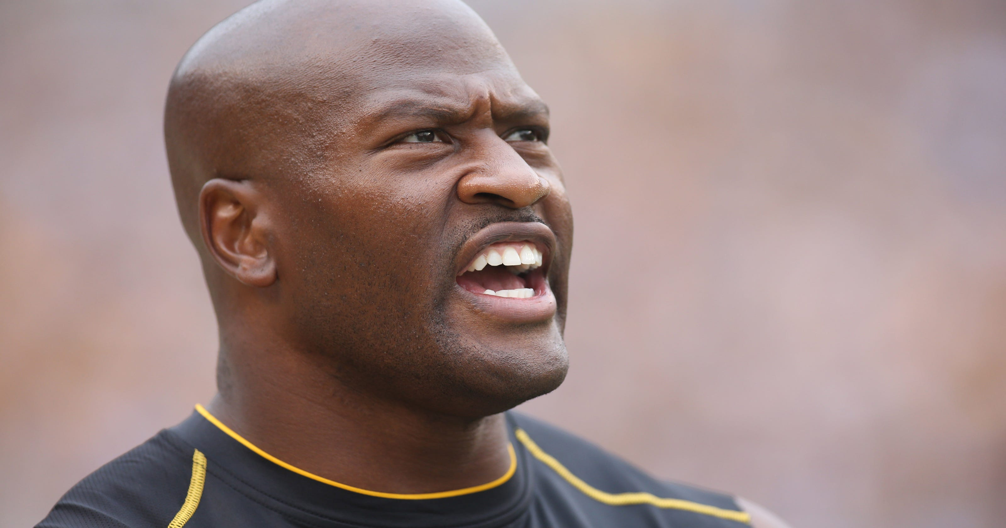 3bf54b84fc4 Twitter has ideas about why James Harrison joined the Patriots