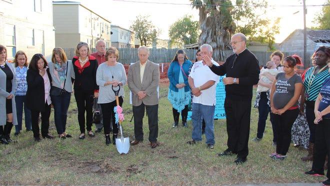 Rev. James Farfaglia gives the blessing
