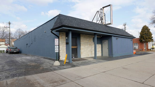 A Common Council committee has recommended not renewing the license for Tatou Ultra Pub, 3945 N 35th St. The matter will go before Common Council March 27.