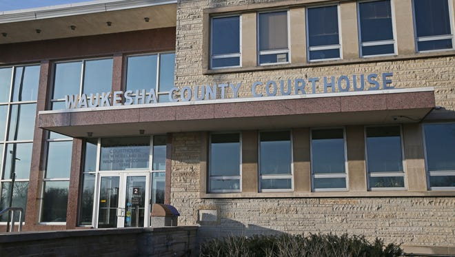 April 1, 2018 Waukesha County Courthouse exterior views. MICHAEL SEARS/MSEARS@JOURNALSENTINEL.COM