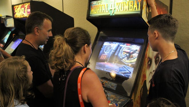 New Jersey Gamer Con entertained many at its new location, The Crowne Plaza Philadelphia-Cherry Hill, on July 7 and 8 and featured an arcade, vendors, tournaments, celebrity guests and more.