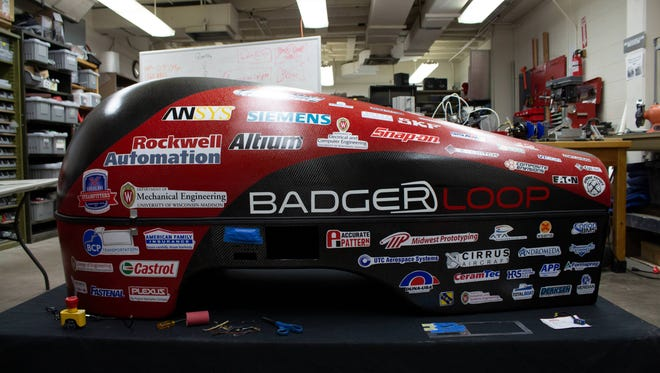The UW pod is expected to reach a maximum speed of 300 mph with an electric motor connected to a wheel by a timing belt drive chain.