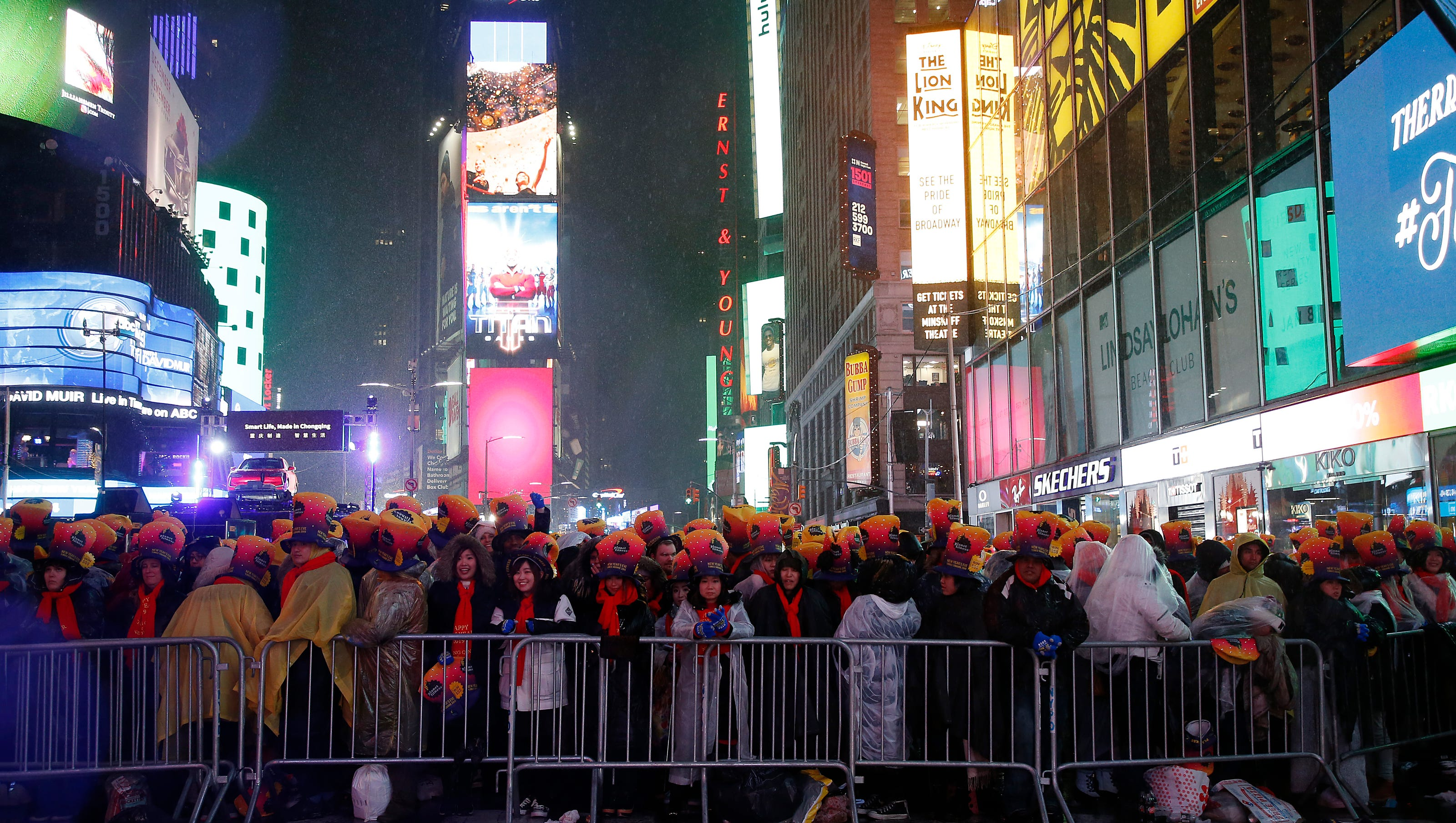 What's open and closed New Year's Day, NYE 2020: Mail ...
