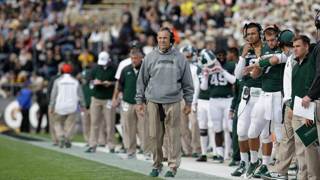 MSU coach Mark Dantonio announced Monday that 2015 recruit Tyriq Thompson of Detroit King had signed his Big Ten tender with the Spartans.
