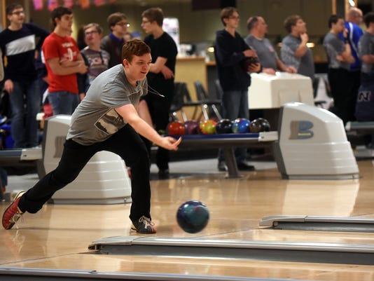 01_new_sct011917_gran_bowling