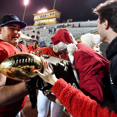 Final Nashville area high school football rankings from 1-129 for 2017 season