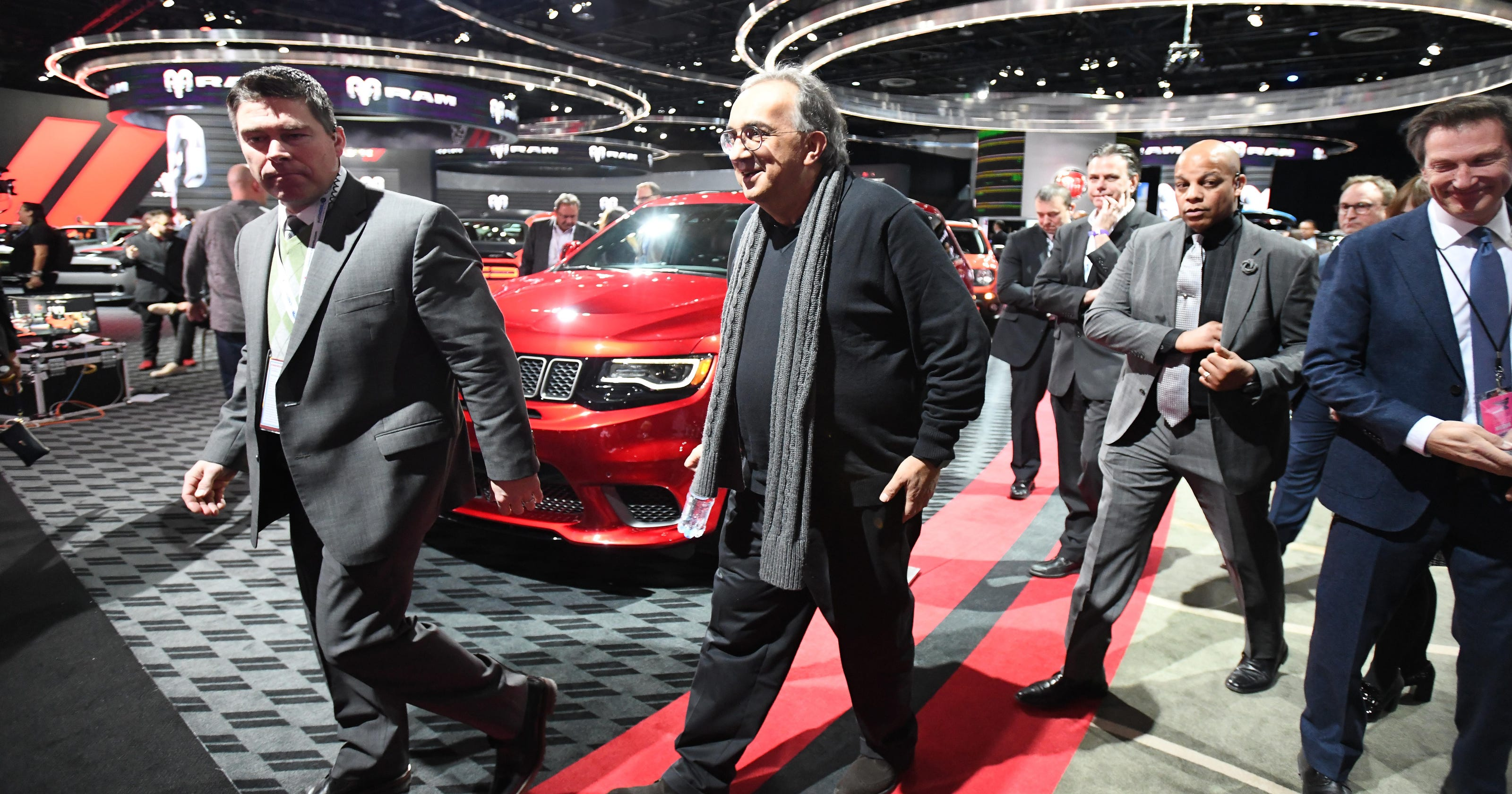 marchionne electric cars not worth investment. Black Bedroom Furniture Sets. Home Design Ideas