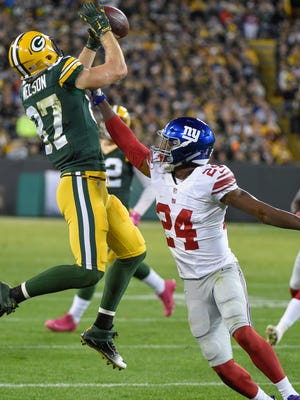 Green Bay Packers wide receiver Jordy Nelson (87) can't hold on to a pass against New York Giants cornerback Eli Apple (24) in the first quarter at Lambeau Field on Monday, October 9th, 2016.