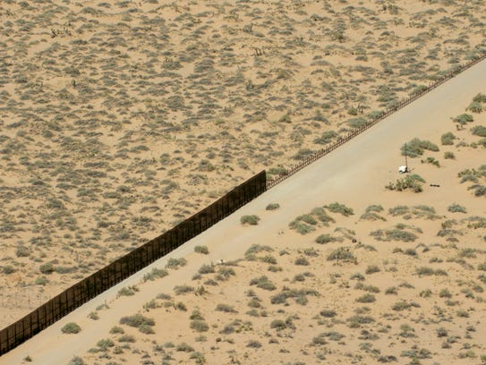 Two Types Of Fences Meet Along The U S Mexico Border