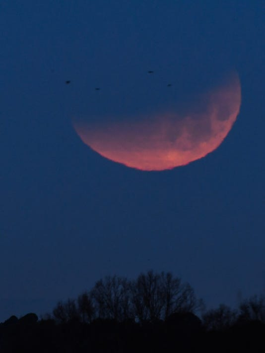 Super blue blood moon eclipse in Anderson