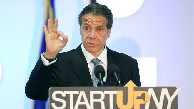 Gov. Andrew Cuomo visits RIT to discuss the  START-UP NY program.