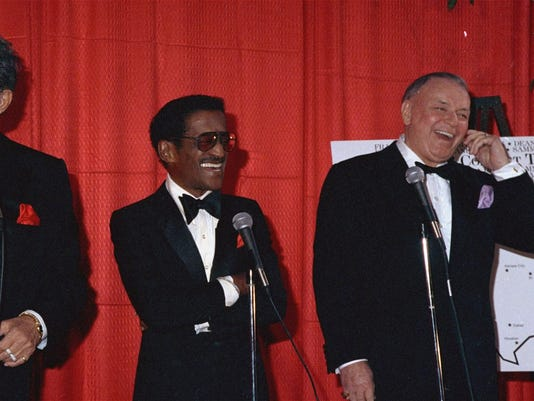 leadimage_chapter2_Martin_Davis_Sinatra_1988