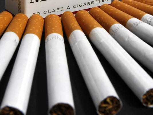 635657518799023049-cigarettes