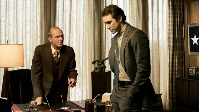 Lee Pace, right, is a former IBM worker who pushes his new boss (Toby Huss) into the PC clone business in the early '80s.